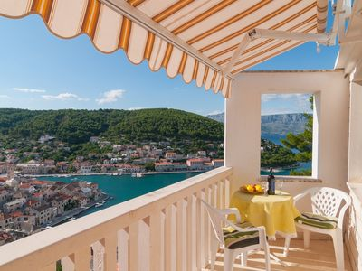 Photo for Apartment Mira  SA Jelena1 (2)  - Pucisca, Island Brac, Croatia
