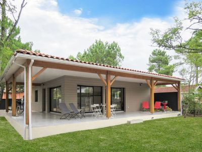 Photo for Vacation home Yara (LCA126) in Lacanau - 6 persons, 3 bedrooms