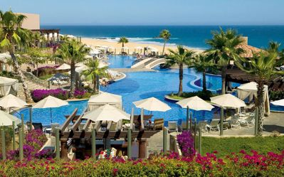 Photo for PUEBLO BONITO SUNSET BEACH - Amazing Oceanfront Resort, Golf, and Spa