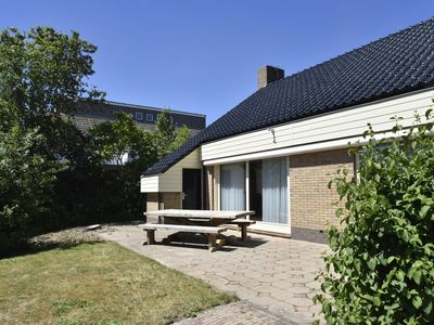 Photo for Detached villa  with large garden, near the North Holland coast