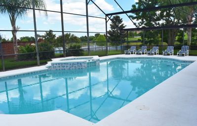 Huge 40 foot South Facing Pool Spa and gorgeous view to Lake with Fountain