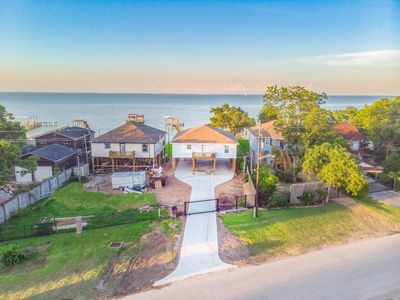 Photo for Waterfront Bungalow with Pier