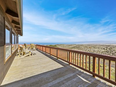 Photo for Dog-friendly, oceanfront home for 14 with hot tub - next to state park