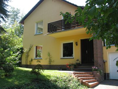 "Photo for Luxurious 4 * -FH am Wald, Sauna, WiFi, Smart TV 55 "", 2500 sqm garden area"