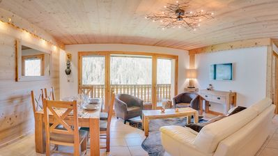 Photo for Very nice modern and cozy apartment, near the center and the ski lifts