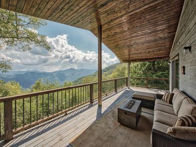 Photo for SUNRISE TO SUNSET VIEWS! ENJOY COMPLETE PEACE AND QUIET w/ pool table AT 5,100 FT!!!