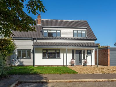 Photo for Totally refurbished in 2018, this 1970s detached house has been given a facelift