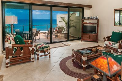 Unbelievable ocean views from the family room and lanai of Puu Poa 406