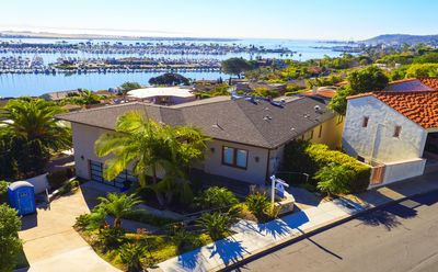 Photo for Stunning Villa With Panoramic Views Of San DiegoBay/Shelter Island & Skyline!