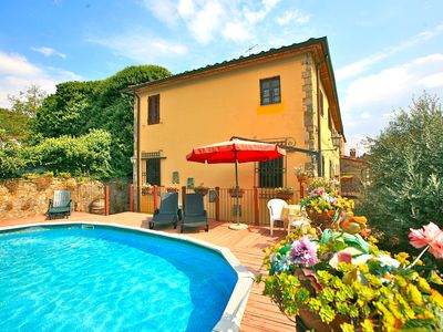 Photo for Sweet Villa with private swimming pool located in a traditional Tuscan hamlet