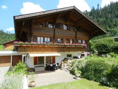 Photo for Apartment Giferblick in Zweisimmen - 6 persons, 1 bedrooms