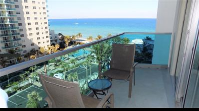 Photo for Apartment with Sea View - On the Beach
