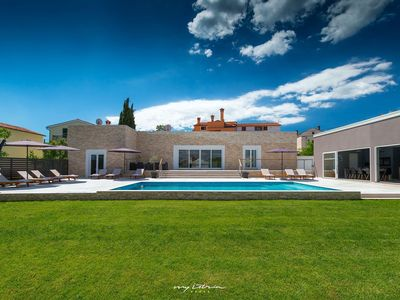 Photo for Smart contemporary villa with pool near Rovinj