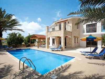 Photo for Villa w/ bay and sea views and terrace easy access to local amenities