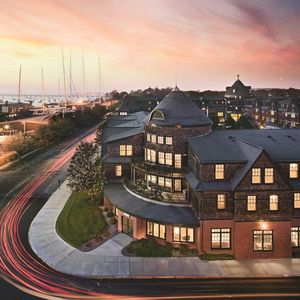 Photo for Popular Long Wharf Resort in Nautical Newport - The Sailing Capital Of The World