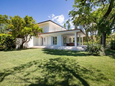 Photo for Villa Elena, charming villa in Forte dei Marmi