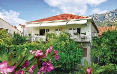 Photo for Apartment Vacation Rental in Kastel Gomilica