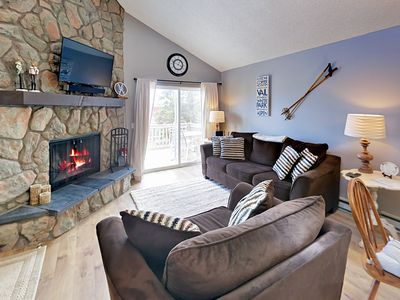 Photo for Warm & Inviting Mountain Get-Away. Pool, Spa, Cable & WiFi. Steps to Shuttle.