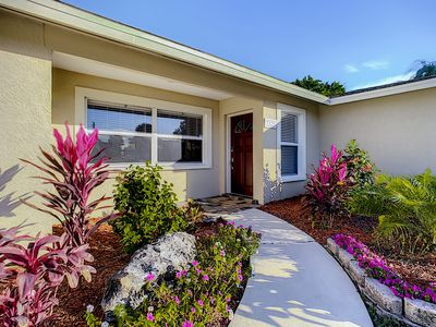 Photo for GULF GATE GEM - Beautifully renovated pool home with pool-minutes to Siesta Key