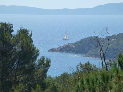 Photo for Renovated villa in privileged and green - sea view - swimming pool