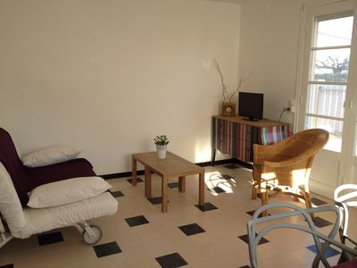 Photo for Nice apartment with terrace, 55 m2 for 4-6 people, located on the ground floor