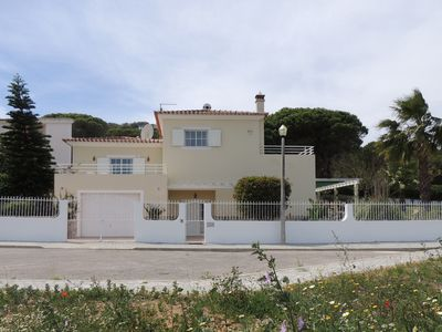 Photo for Beautiful detached villa with private pool, 600 meters from the beach - 66875/AL