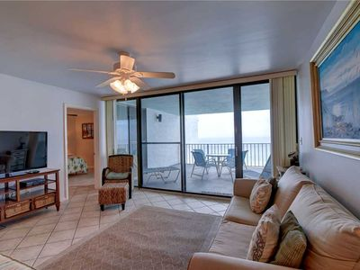 Photo for Rich Accents InThis Updated Condo, Private Beach / Gulf Views