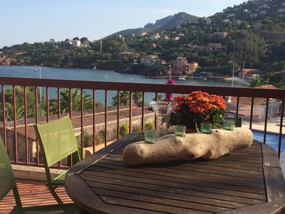 Photo for Holiday apartment with garden and swimming pool overlooking the sea - Théoule-sur-Mer