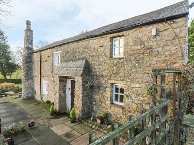 Photo for BIDEBER MILL COTTAGE, romantic, with a garden in Ingleton, Ref 919996