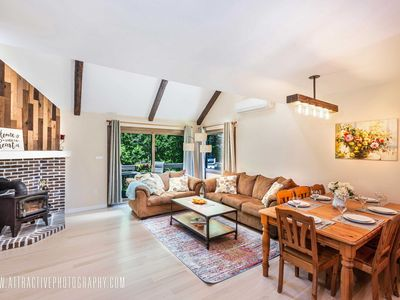 Charming Townhouse at Camelback - SKI ON/OFF