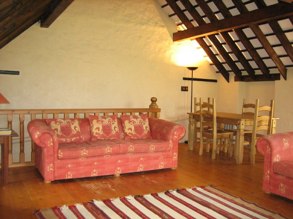 Charming Country Cottage in Jersey Photo 1