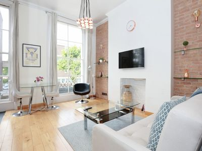 Photo for Lovely Notting Hill Apartment - Apartment for 3 people in London