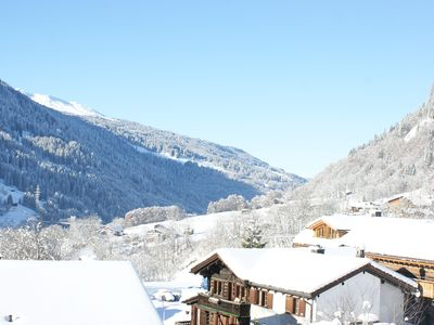 Photo for Cozy 4 1/2 room maisonette apartment with Arvenstube u Talsicht in Klosters