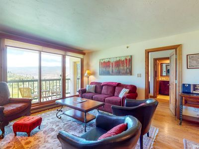 Photo for Family-friendly ski-in/ski-out condo w/ ski lift views and shared pool & hot tub