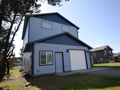 Photo for HOT TUB, OCEAN VIEW, Spacious Home, Seconds to the Beach & Pelican!