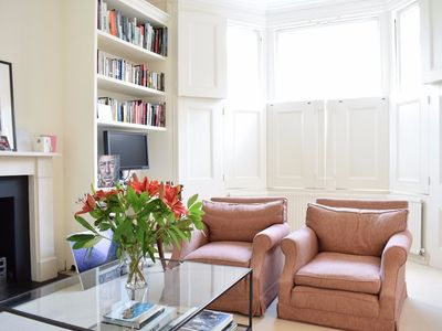 Photo for Bright 1 Bedroom Flat in Brook Green