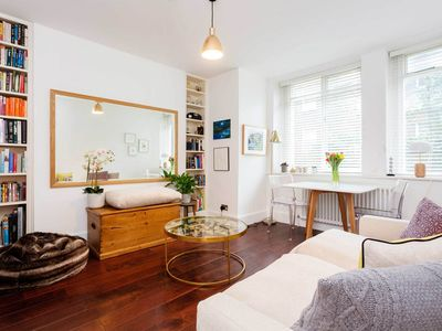 Photo for Lovely 2 BR in beautiful Battersea. Walk to main train stations (Veeve)
