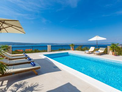Photo for Exclusive villa with panorama seaview and heated pool