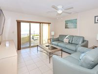 Wonderful unit and vacation. Well maintained and easy access even with the construction