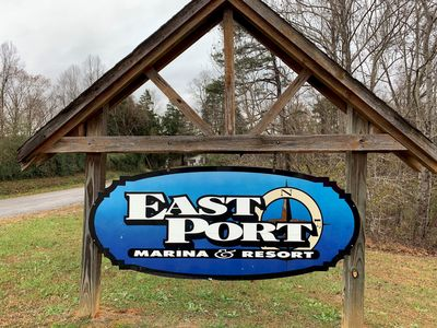 Photo for Bear Necessities Lodge near East Port Marina and Dale Hollow Lake Tennessee