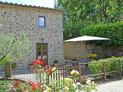 Photo for Spacious Holiday Home in Cortona with Private Swimming Pool
