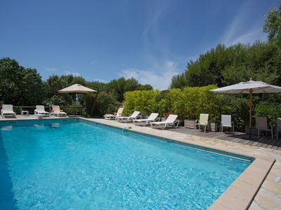 Photo for Provencal villa with pool, luxury accommodations