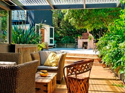 Photo for 5BR House Vacation Rental in Palm Beach, Waiheke island, Auckland
