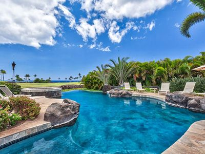 Photo for 6bdrm Private Home with Pool, Short Walk to Beach!