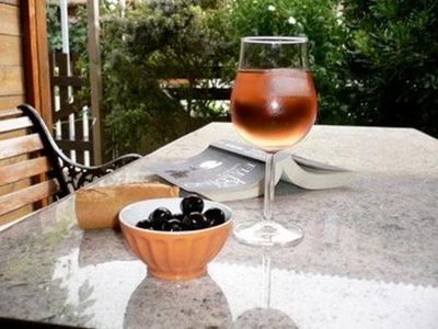 Photo for Enjoy an aperitif in the evening sun on the secluded roof terrace