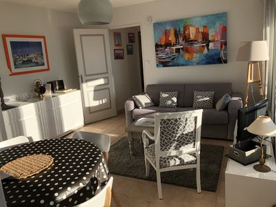 Photo for Charming T2 in the historic heart of LA ROCHELLE bright south-east balcony Wifi