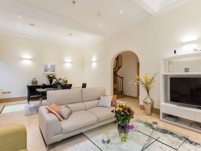 Photo for Stunning luxury 3bed 3.5 bath house Knightsbridge- Central London-  Zone 1