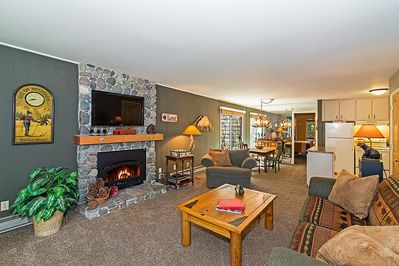 Spacious living room with queen sofa sleeper, gas fireplace & 42' flat screen TV