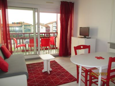 Photo for ON FOOT, BEACH, SWIMMING POOL, RESTOS, SHOPS, THALASSO, PARKING AND FREE WIFI