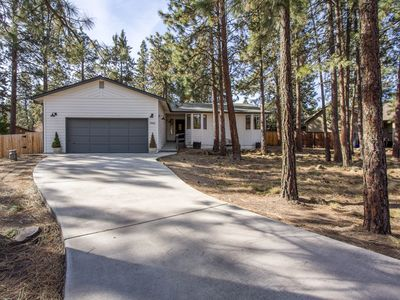 Photo for Beautiful home in the outdoor wonderland of Bend, The Happy Place awaits you.